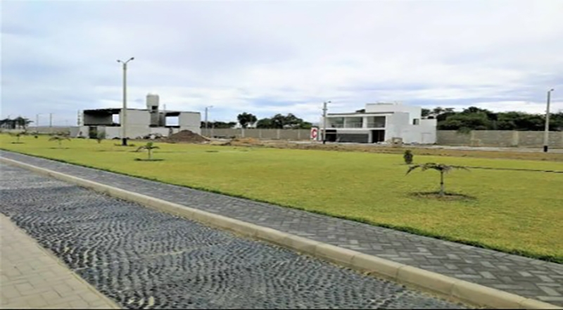 venta de terreno de 304 m2 en condominio algarrobos country club